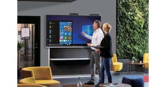 Windows collaboration display 3